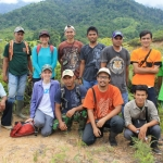 Hiking with WCS-Indonesia staff and local assistants in Leuser.